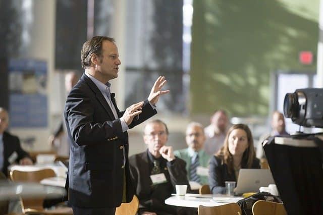 Pitch : Comment présenter votre entreprise en 60 secondes